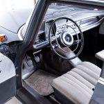 Mercedes 190C grijs-1399