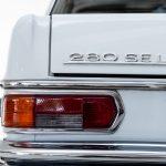 Mercedes 280 SEL grijs-4969