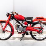 Moto Guzzi rood-7411