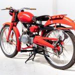 Moto Guzzi rood-7413