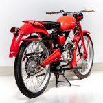 Moto Guzzi rood-7435