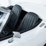 Chevrolet Corvette wit-5136