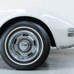 Chevrolet Corvette wit-5156