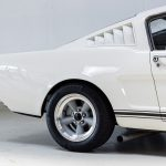 Ford Mustang Wit-7506
