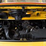 Porsche 996 Carrera 4S geel-9177