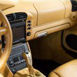 Porsche 996 Carrera 4S geel-9180